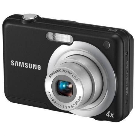 Aparat foto Samsung ES9,12.2MP, Negru,stare foarte buna,ca Nou