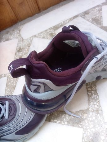 Vând adidași Nike W Air Max 270 React Eng