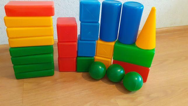 Большие пластиковые кубики 25шт