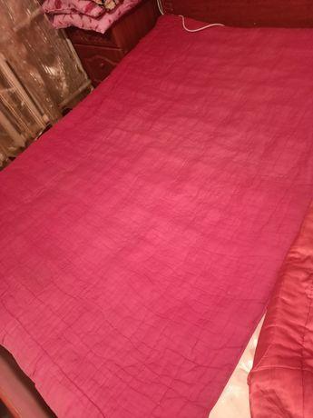 Отдам 2 одеяло ватные