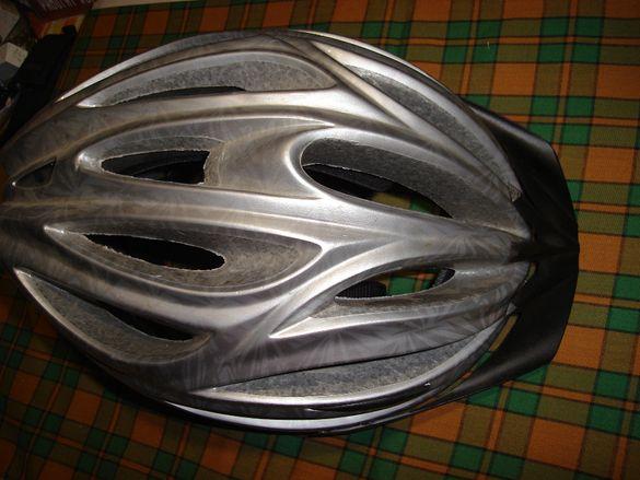 Велосипедна каска