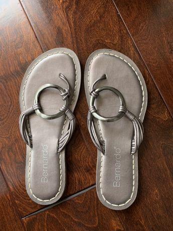 """Дамски чехли """"Bernardo"""""""