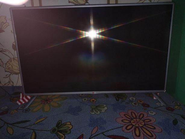 LG smart tv в идеальном состоянии