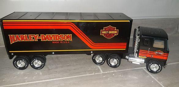 Ламаринен камион Harley davidson