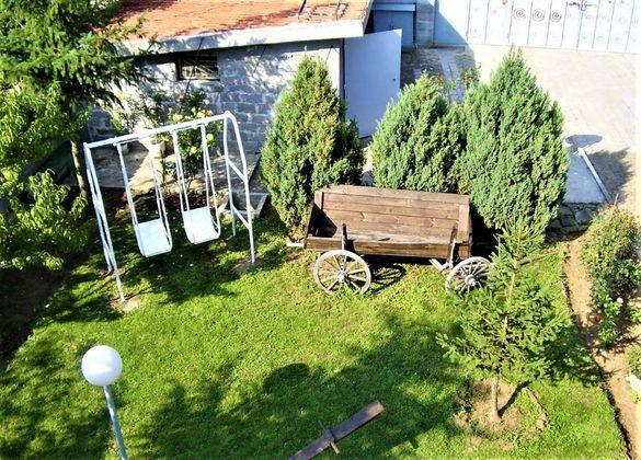 Триетажна къща в с.Крушевец