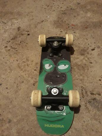 Skateboard mini.