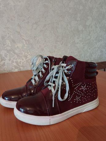 Демисезонные ботинки,размер 34