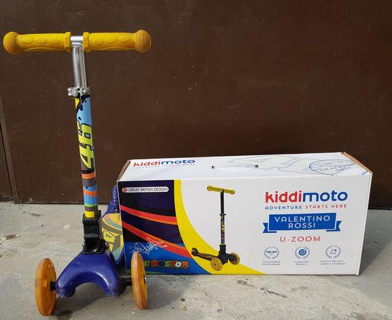 Продавам детска тротинетка Kiddimoto Valentino Rossi 46