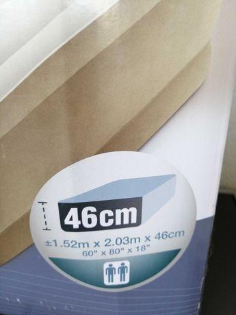 Saltea gonfl Ultra FIBRE-TECH 152x203x46 cu pompa incorporată