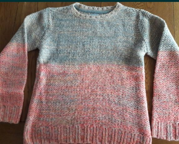 Pulover Reserved pentru fete 12-13 ani ( mar 158)