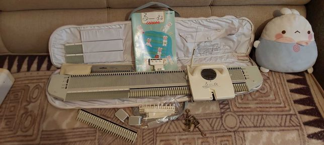 Вязальная машина Brother KH-360 тpанcфоpмep 5 и 3 клaccoв.