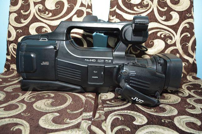 Vand camera video Full Hd Jvc Gy-Hm70e