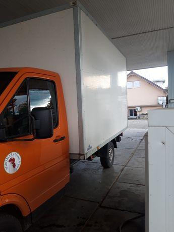 Vând container izoterm de pe camioneta