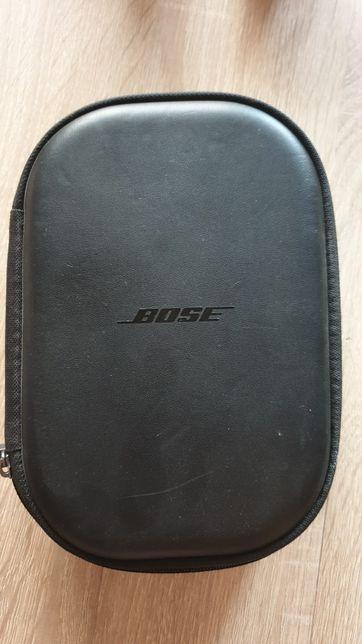 Cutie transport casti Bose
