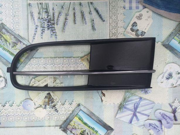 Grila proiector stanga vw beetle facelift 2014-2018