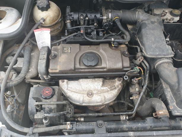Motor peugeot 206 1.6 benzina