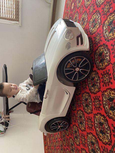 Автомобил манеж