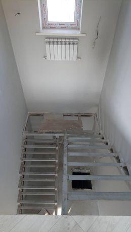 Каркас лестниц..