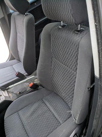 Салон с кори за BMW E46 седан, падащи задни седалки с механизъм
