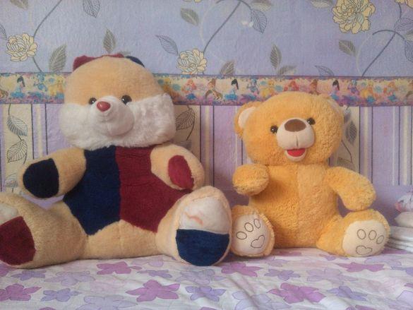 Големи плюшени играчки