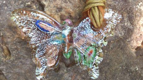 Дамски накити,огърлици,стъклена пеперуда идр.
