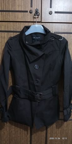 Курточка осенняя.