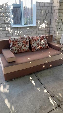 Продаётся  раскладной  удобный диван