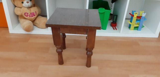Продам стульчик деревянный