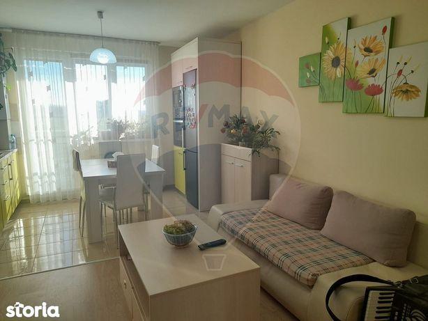 Apartament cu 3 camere de vânzare în zona Turnisor