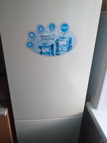 Поодам новый холодильник