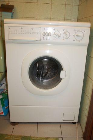 ЗАПЧАСТИ на стиральную машинку б/у INDESIT 867W,ZANUSSI FL 704 NN.