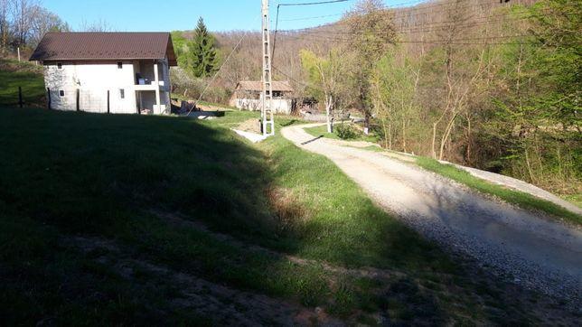 Vanzare teren Comuna Draganu
