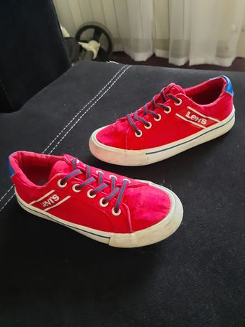 Детски маратонки / кецове 32 номер Levi's / Nike / Adidas