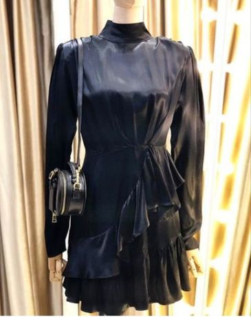 Шок цена!!!Продам платье! Размер m