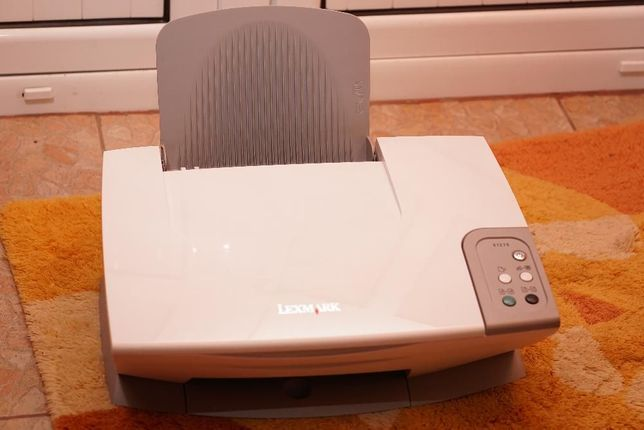 Vand Imprimanta Multifunctionala All in One Lexmark X1270, A4 Color