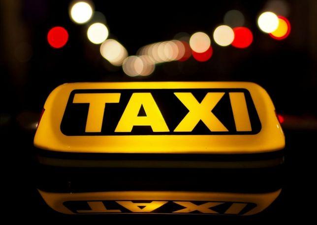 Vand locuri taxi Alba Iulia