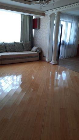 Продам 2 х комнатную квартиру на 2 этаже в 21 этажном доме в жк Алтын