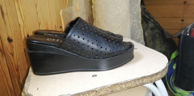 Продам обувь в отличном состоянии
