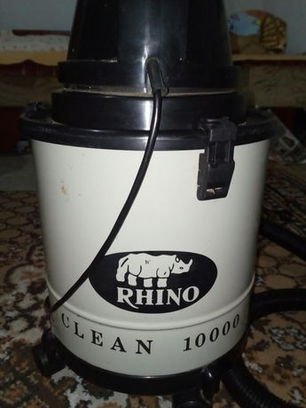 Aspirator de praf si lichide professional Rhino