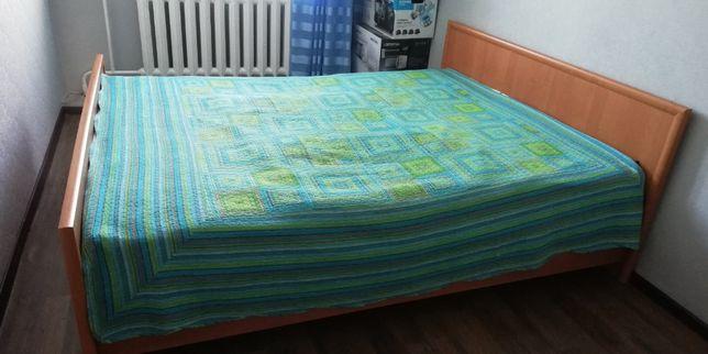продам двуспальную кровать