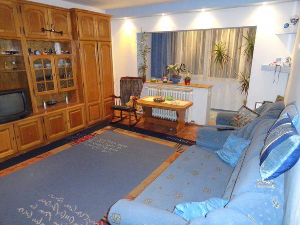 Inchiriez apartament 3 camere GIROCULUI