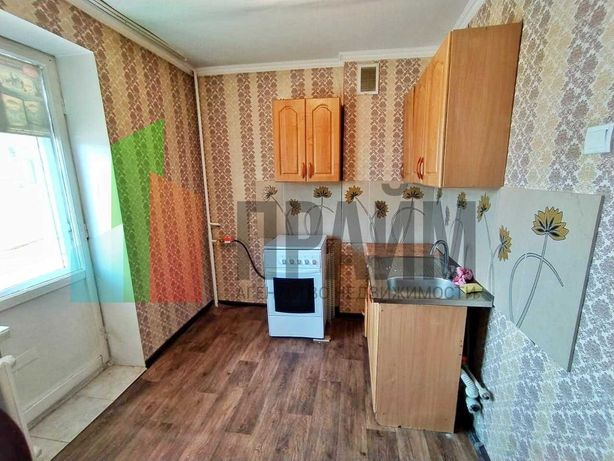 4 микрорайон продам 1 комнатную квартиру(ДАНИЯР)