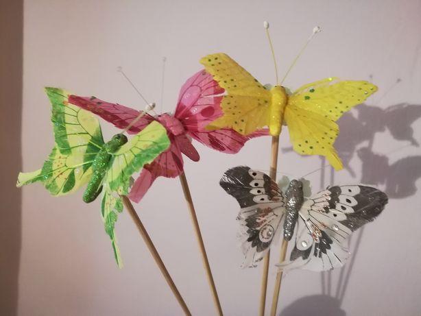 Бабочки для цветочных горшков