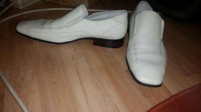 pantofi sorrento marimea 44 .noi negociabil
