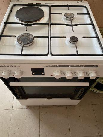 Газ плита с электрической духовкой Bosch