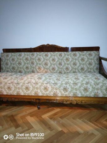 Vând canapea lemn masiv și lemn furniruit