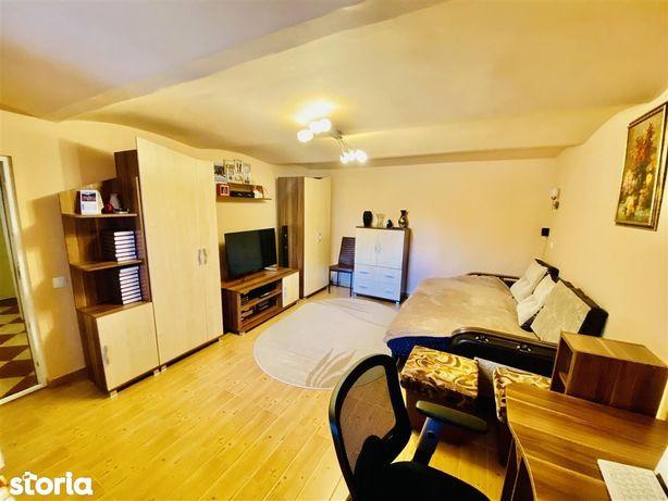 Casa individuala - 2 camere, curte libera 100 mp | Piata Cluj