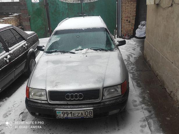 Машина Ауди с 4 2.3