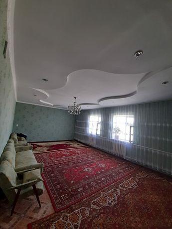 Продается частный дом , 10 соток , в хорошем состояние с мебелью ,