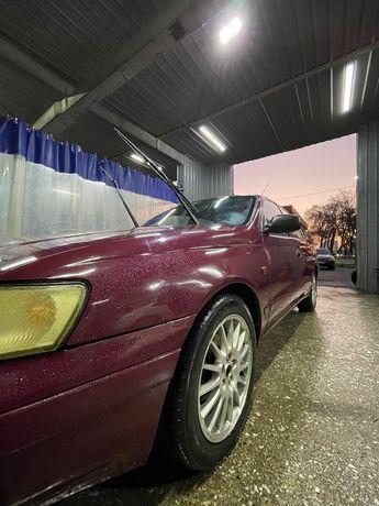 Продам надежную Тойота Карина Е. В идеальном состоянии.